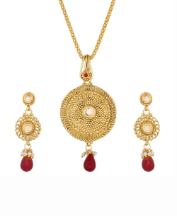 Gold And  Maroon Alloy Beads, Kundan Pendant Set